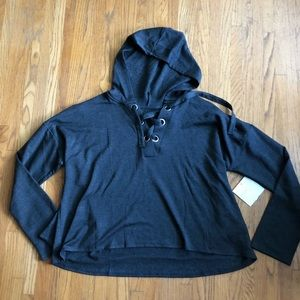Beyond Yoga lace up crop hoodie XL New